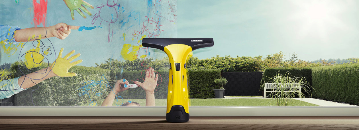 Con el limpiador de cristales Karcher WV 1 Plus, limpiará las ventanas sin esfuerzo, sin que queden marcas y 3 veces más rápido